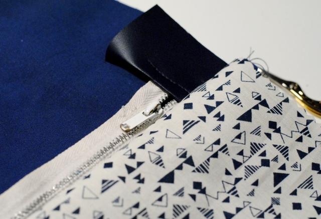 DIY - Couture Pochette Bleue Zippée 03