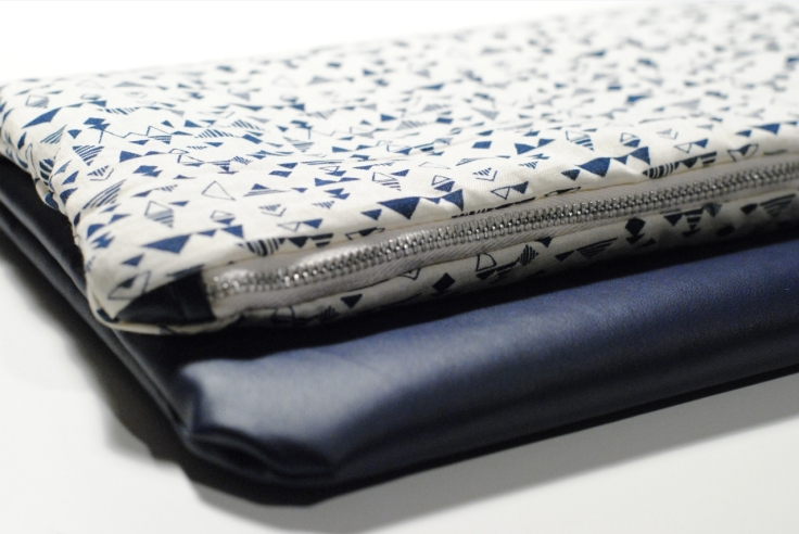 DIY - Couture Pochette Bleue Zippée 06