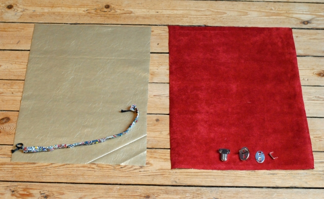 DIY Pochette Cartable Suedine - 01