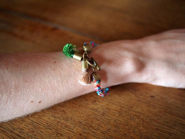 DIY Bracelet pompons 05