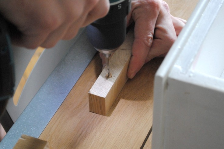 Table a langer poignee meuble sur mesure 03