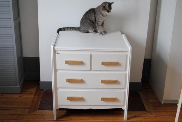 Table a langer poignee meuble sur mesure 04