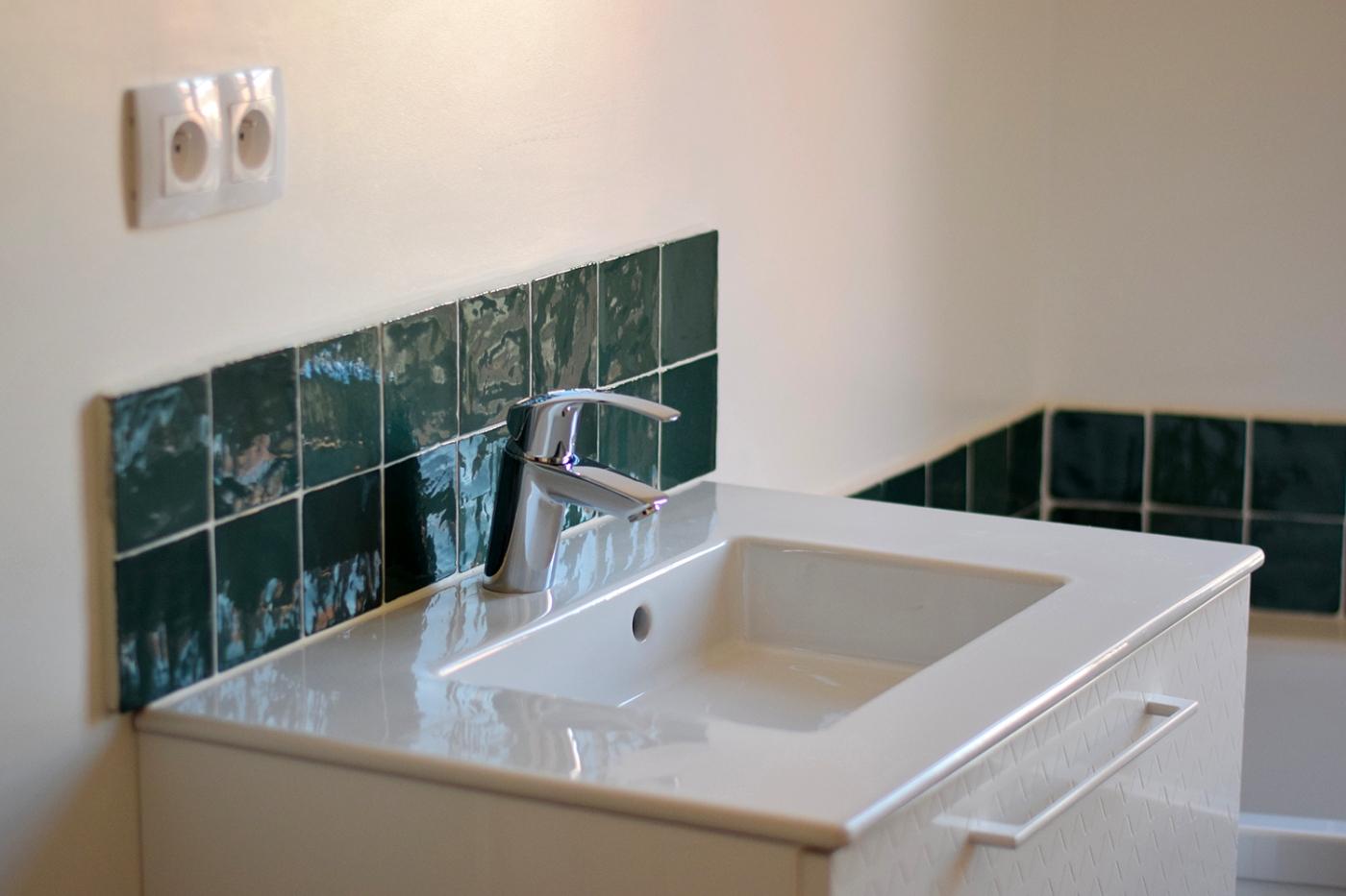 Renovation salle de bain ancienne faience zellige 01