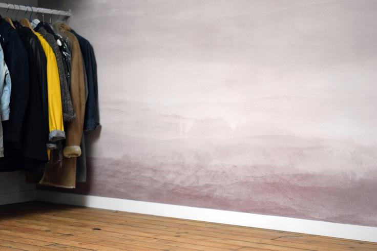 Transformer son grenier en dressing chambre amis bureau papier peint photowall 02