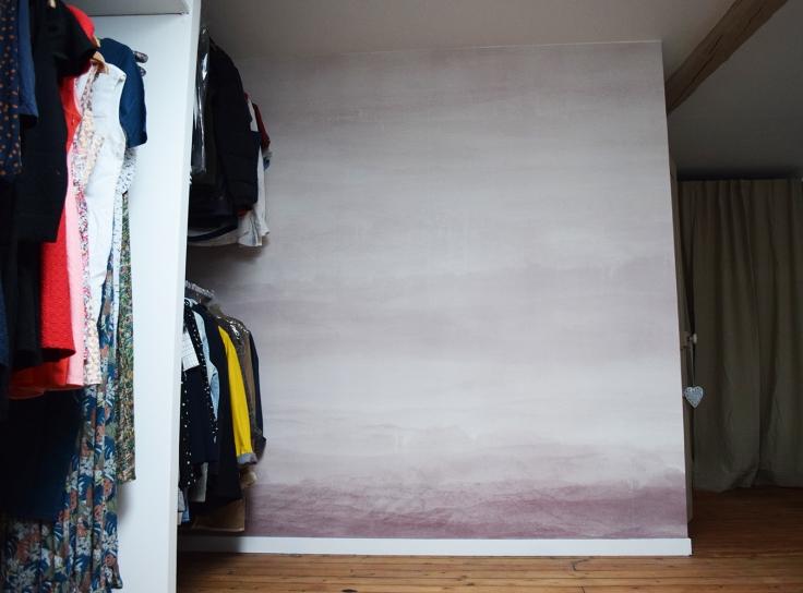 Transformer son grenier en dressing chambre amis bureau papier peint photowall 03